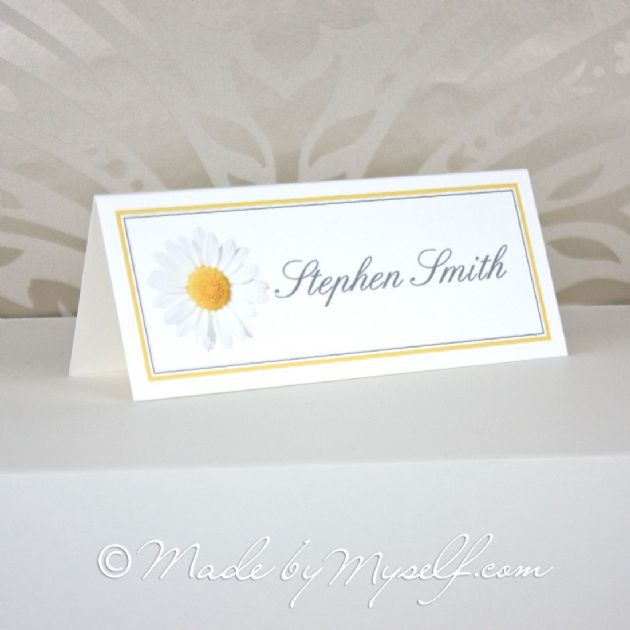 Printed Daisy Place Card